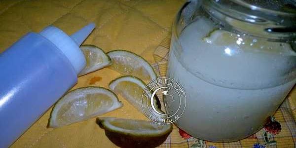 Bagna al limone per pasticceria
