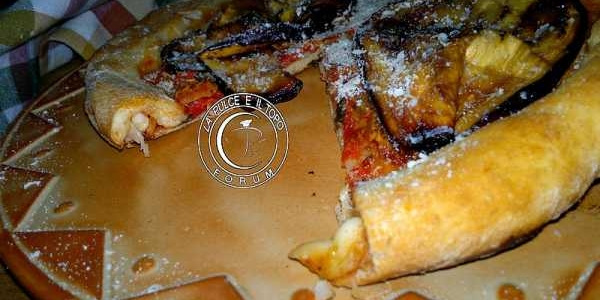 Pizza semi integrale con bordo ripieno
