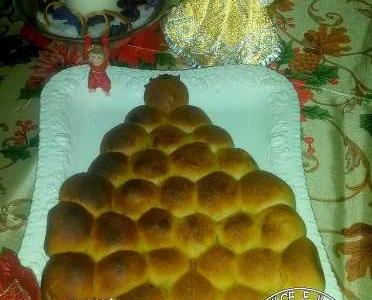Buchteln o Danubio Salato ad albero di Natale